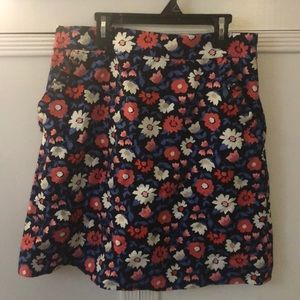 Dresses & Skirts - Kate Spade Specialty Floral skirt WITH POCKETS